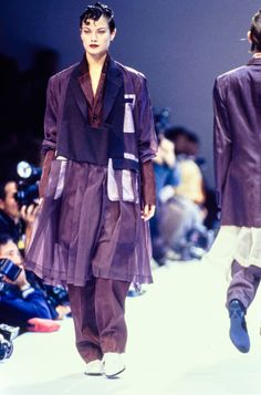 Comme des Garçons Spring 1995 Ready-to-Wear Collection Photos - Vogue