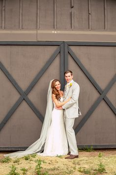The #stunning #couple by the #barn. ::Lindsey + John's diy-heaven outdoor wedding in Oregon:: #brideandgroom #olascouple #farmwedding #countrywedding #shabbychicwedding #weddingphotography #oregonphotography