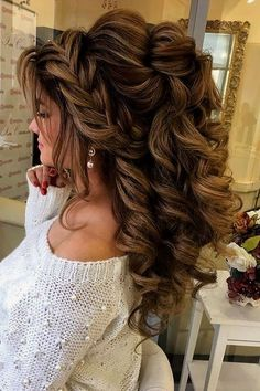 (636) 262-5306 saved to mikayla johnsonan idea for your hairCreative And Unique Wedding Hairstyles ❤ See more: http://www.weddingforward.com/creative-unique-wedding-hairstyles/ #weddings #weddinghairstylist #weddinghairstylesmediumlength