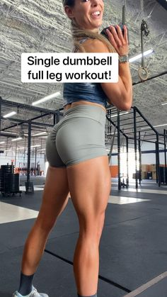Gym Workout For Beginners, Fitness Workout For Women, Women's Fitness, Wellness Fitness, Fitness Goals, Workout Videos, Leg And Glute Workout, Back Fat Workout, Dumbbell Workout