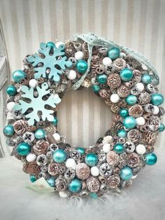 Christmas Advent Wreath, Diy Christmas Decorations For Home, Christmas Crafts, Turquoise Christmas, Pink Christmas, Winter Christmas, Boxing Day, Ideas, Blue Christmas