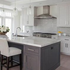 White kitchen - grey island grey kitchens, grey kitchen island, home kitche Two Tone Kitchen Cabinets, Kitchen Redo, New Kitchen, White Cabinets, Upper Cabinets, Kitchen Ideas, Design Kitchen, Stairs Kitchen, Ranch Kitchen