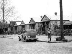 "Endangered Buildings-LaVilla neighborhood in Jacksonville - 1901 ""Shotgun"" houses Shotgun House, Mobile Living, Jacksonville Florida, Old Florida, History Photos, Historical Pictures, African American History, Life Is Like, Historical Society"