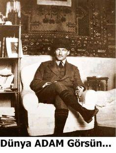 Karizma lider dediniz zaman, nedense aklımıza sadece Mustafa Kemal Geliyor. :) pic.twitter.com/0QvuNFYlAS