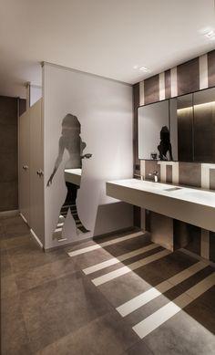 Best Place to find hotel lobby design Office Bathroom, Bathroom Layout, Bathroom Interior, Unisex Bathroom, Ada Bathroom, Hotel Lobby Design, Hotel Romantique Paris, Wc Public, Handicap Bathroom