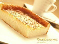 """¡Comenzamos!. Ésta es la primera receta de este blog, que mi marido y yo hemos preparado con muchísima ilusión. Es un blog sencillo donde iré publicando las recetas que suelo hacer con mi """"Thermomix"""", algún truquillo y alguna receta elaborada … Continuar leyendo → Spanish Desserts, Spanish Food, Spanish Recipes, Madrid Food, Muffins, Good Food, Yummy Food, Food Platters, No Bake Cake"""