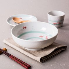 Made In Japan large bowl ceramic bowls porcelain tableware snow under glazed hanpaint round noodle rice soup fruit bowls 7.5Inch
