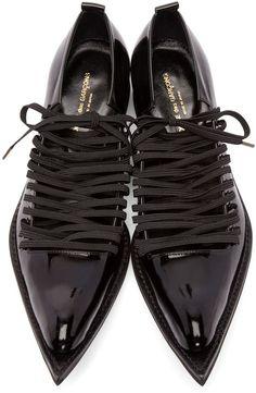Comme Des Gar & # 231; ONS черный кожаный патент указал Oxfords