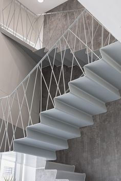 Gallery of System Warehouse / Olgooco - 8 Exterior Stair Railing, Interior Railings, Stair Railing Design, Home Stairs Design, Staircase Railings, Interior Stairs, Modern Staircase, Stairways, Stair Elevator