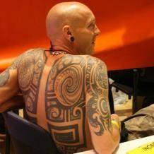 Tribal Maori Back Guys can show of their tats too! Tribal Back Tattoos, Picture Tattoos, Tatting, Guys, Pictures, Maori, Photos, Bobbin Lace, Needle Tatting