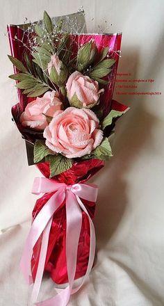 trendy birthday flowers bouquet make paper Paper Flowers Craft, Crepe Paper Flowers, Paper Roses, Flower Crafts, Giant Flowers, Diy Flowers, Flower Decorations, Bouquet Wrap, Paper Bouquet