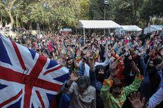 Ciudad de México conquista el Guinness de personas caracterizadas como los Beatles | Radio Panamericana