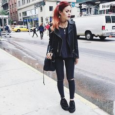 Poisoned To My Rotten Core Grunge Tattoo, Grunge Outfits, Grunge Fashion, Winter Outfits, Cool Outfits, Simple Edgy Outfits, Casual Outfits, Mode Rock, Luanna Perez