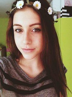 Teri Blitzen. Youtubers, Face, Beautiful, Beauty, Fashion, Moda, Fashion Styles, The Face, Faces