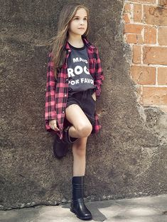 Red plaid shirt with black logo tee for girls. Adorable kids fashion for girls and tweens. Would be a cute outfit for school, spring, or fall. Cute Outfits For School, Kids Outfits Girls, Cute Girl Outfits, Cool Outfits, Girls Dresses, Preteen Fashion, Girls Fashion Clothes, Little Girl Fashion, Kids Fashion