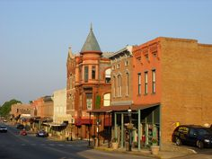 21 Most Beautiful Places to Visit in Arkansas - The Crazy Tourist Van Buren Arkansas, Festivals In August, Rest And Relaxation, Live In The Now, Beautiful Places To Visit, Vacation Trips, Vacations, Small Towns, America