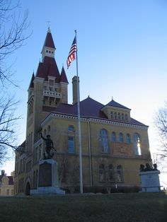 West Bend, WI : Historic Washington County Courthouse Museum
