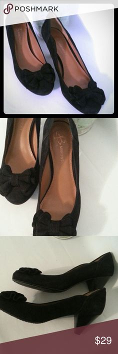 Makowsky Black suede  wedge heels with bow on tip. Great shape. Makowsky   Shoes Wedges