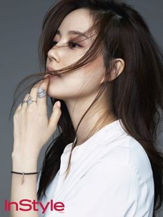 Black's Moon Chae Won is naturally flirtatious and bewitching while flashing her Pandora jewelry via InStyle's October pages. Check it! Moon Chae Won, Korean Beauty, Asian Beauty, Revista Instyle, Hair In The Wind, Song Jae Rim, Instyle Magazine, My Fair Lady, Most Beautiful Faces