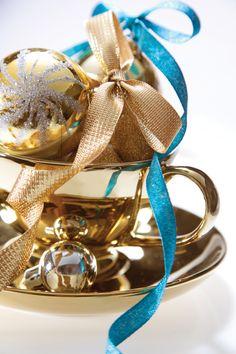 Sparkle  Dragonfly  Textured metallic, ribbon, Christmas