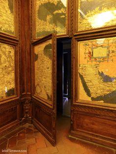 Palazzo Vecchio - Secret passage in the hall of the map, Firenze Secret Rooms In Houses, Hidden Passageways, Panic Rooms, Secret Passage, Hidden Spaces, Entrance Design, Hiding Places, Secret Places, Design Case