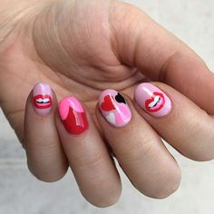 Valentine's Day Nail Designs to Do This Year #kisses, #hearts