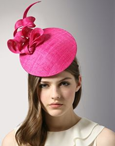 Pink Fascinator - what i am going to wear when morgan marries prince harry!