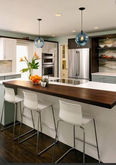 HGTV- I like the contrasting counter tops
