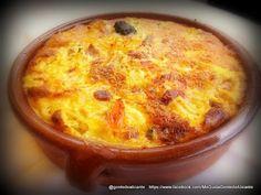 Hoy os presentamos esta receta típica de la Gastronomía Alicantina, El Arroz con Costra. El Arroz con Costra es un plato típico y originario de la ciudad de Elche, en la provincia de Alicante.