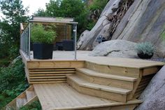 Stairs and terrasse Garden Steps, Garden Bridge, Outside Stairs, Outdoor Seating, Outdoor Decor, Hillside Landscaping, Backyard, Patio, Garden Planning