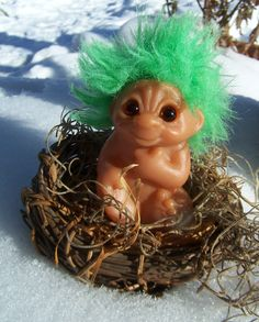 Vintage Toy, Dam Troll Baby with Green Hair 1985 , Sitting Infant Troll