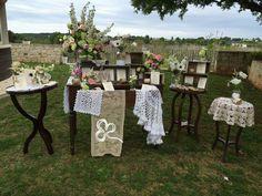 Pizzi merletti ricami, colori pastello e dettagli di un tempo passato per un evento dallo stile vintage-romantico