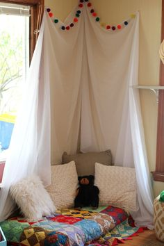 A cozy reading corner in a home-turned-preschool classroom! Cozy Reading Corners, Book Corners, Reading Nook, Reading Time, Kids Reading, Classroom Setting, Classroom Design, Classroom Decor, Future Classroom