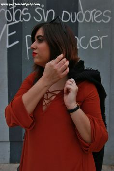 Ya teneis nuevo post por el blog, hoy hablamos del color teja  http://www.justforrealgirls.com/2015/11/outfit-tendencias-en-color-teja.html  ¡No te lo pierdas! #colorteja #newpost #newlook #tdsmoda #justforrealgirls #fashionblogger #bloggerlife #bloggerssevilla #ootd #outfitoftoday