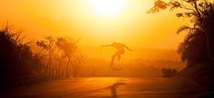Colina é uma marca de skate especializada em longboards fundada por mim e um grupo de amigos.Trabalhei no desenvolvimento do projeto visual por meio de fotografias. Todo o visual da marca é focado em um lifestyle que prioriza a liberdade, a diversão ao a…