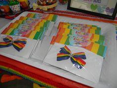 Rainbow party. Rainbow Bow Favors