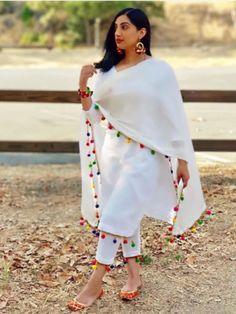 Indian lehenga salwar suit lehenga choli indian suit women crop top & lehenga saree blouse indian cl - All About Pakistani Dresses Casual, Indian Fashion Dresses, Dress Indian Style, Pakistani Dress Design, Punjabi Fashion, Pakistani Clothing, Indian Blouse, Indian Clothes, Bollywood Fashion