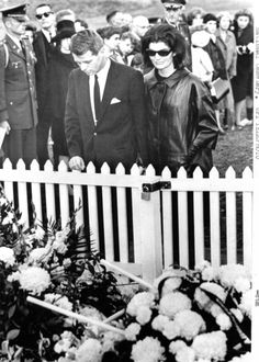 Bobby and Jackie visiting John on 11.27.63, two days after John was laid to rest.