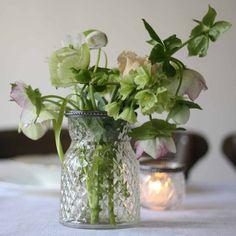Grandmas pressed glass vases make elegant wedding decorations - vases available from @theweddingomd