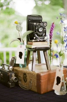 Nashville Garden Weddings Venue | Vintage Camera Decor - Photo: JHenderson Studios