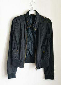 Kup mój przedmiot na #vintedpl http://www.vinted.pl/damska-odziez/kurtki/8632782-bluza-bomber-jacket-kurtka-ciemna-xs-s-34-36