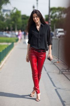 That's how to wear red leather pants.