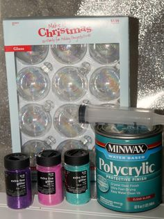 painting Glass Ornaments - How to Make Glittered Glass Ornaments for Christmas. Clear Ornaments, Glitter Ornaments, Diy Christmas Ornaments, Homemade Christmas, Glitter Decorations, Handmade Ornaments, Christmas Balls, Christmas Decorations, Christmas Glitter Glasses