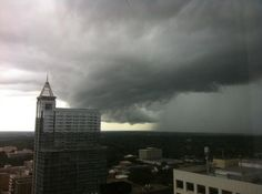 1st rain band of H Irene - downtown Raleigh