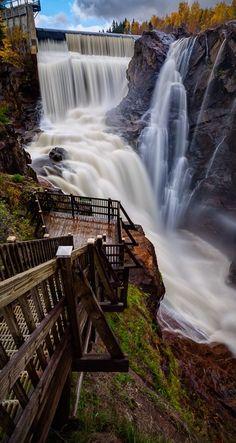 Parc des 7 chutes (The Seven Falls) ~ Saint-Ferriole-des-Neiges, Québec • photo: Mario Cliche on 500px Version Voyages, www.versionvoyages.fr