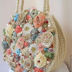 Discover thousands of images about Best DIY Tote Bag - Stacha Styles Embroidery Bags, Silk Ribbon Embroidery, Crochet Handbags, Crochet Purses, Handmade Handbags, Handmade Bags, Diy Sac, Diy Tote Bag, Flower Bag