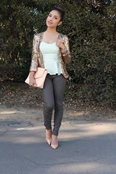 DulceCandy has amazing style! Love the blouse and pretty much everything else she has on!