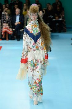 841c049d The complete Gucci Fall 2018 Ready-to-Wear fashion show now on Vogue Runway