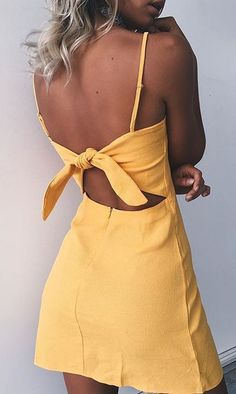 Maillot de bain : Yellow mini dresses are perfect cute summer outfits!… awesome Maillot de bain : Yellow mini dresses are perfect cute summer outfits! Spring Summer Fashion, Spring Outfits, Spring Style, Holiday Outfits, Summer Outfits 2017, Casual Summer Outfits For Teens, Ootd Spring, Clubbing Outfits, Summer Fashion For Teens