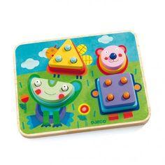 Avec le jeu d'encastrement Kikouplok de la marque Djeco, votre enfant va s'amuser à reconstituer une grenouille, une abeille et un petit ours grâce aux formes qu'il devra mettre à la bonne place sur les tiges du jeu.
